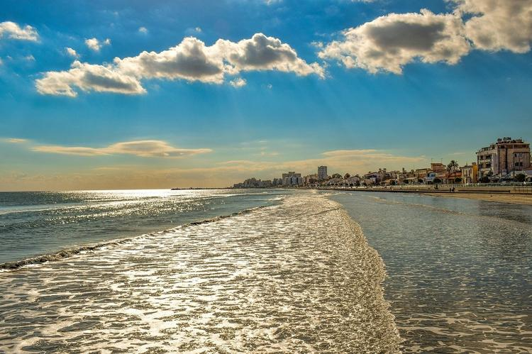 Власти Кипра предложили новый способ снизить расходы туристов на тестирование по COVID-19