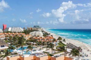 Отели на популярном курорте Канкун в Мексике в 2 раза снизили цены