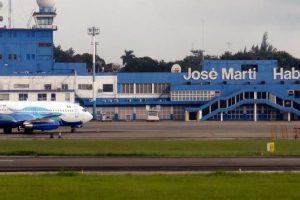 Аэропорт Гаваны возобновляет работу, но без самолетов из России