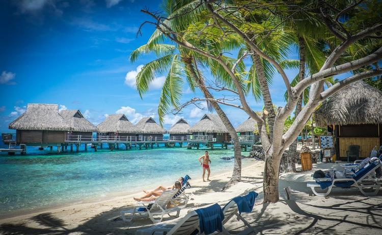 Кто вернет деньги туристам за отмену туров на Таити и Бора-Бора?