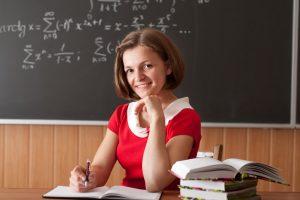Педагог: какими качествами надо обладать, заработок, плюсы и минусы